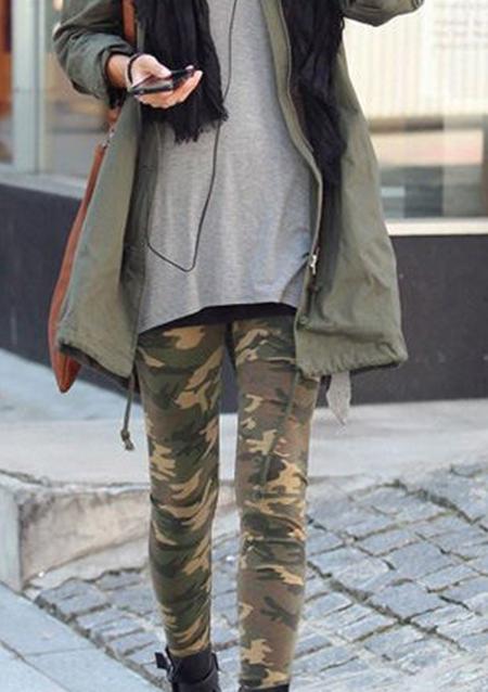 Pantaloni de damă, fashion, skinny fit, cu imprimeu și culori de contrast