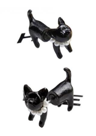 One Piece Black Cat Pearl Earring