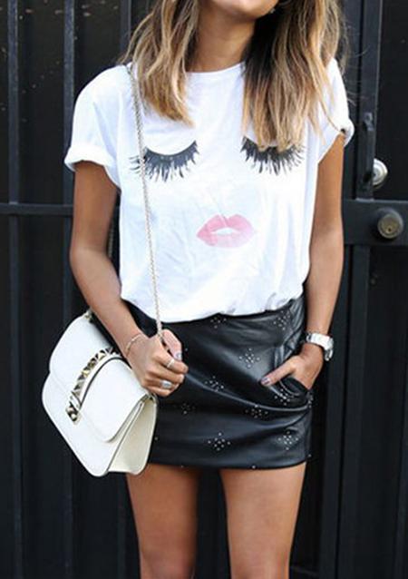 Tricou de damă, fashion, slim fit, cu imprimeu frontal, mâneci scurte și guler rotund