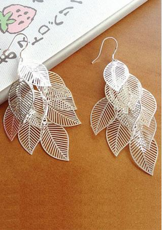 Hollow Out Leave Earring