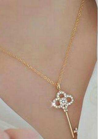 Rhinestone Gold Chain Pendant Necklace