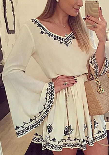 Rochie scurtă, fashion, din poliester, cu imprimeu floral și mâneci lungi evazate