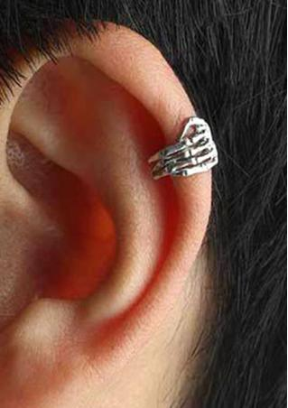 1 Pcs Retro Punk Skull Hand Ear Clip