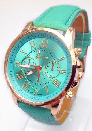 Roman Numerals Quartz Wrist Watch