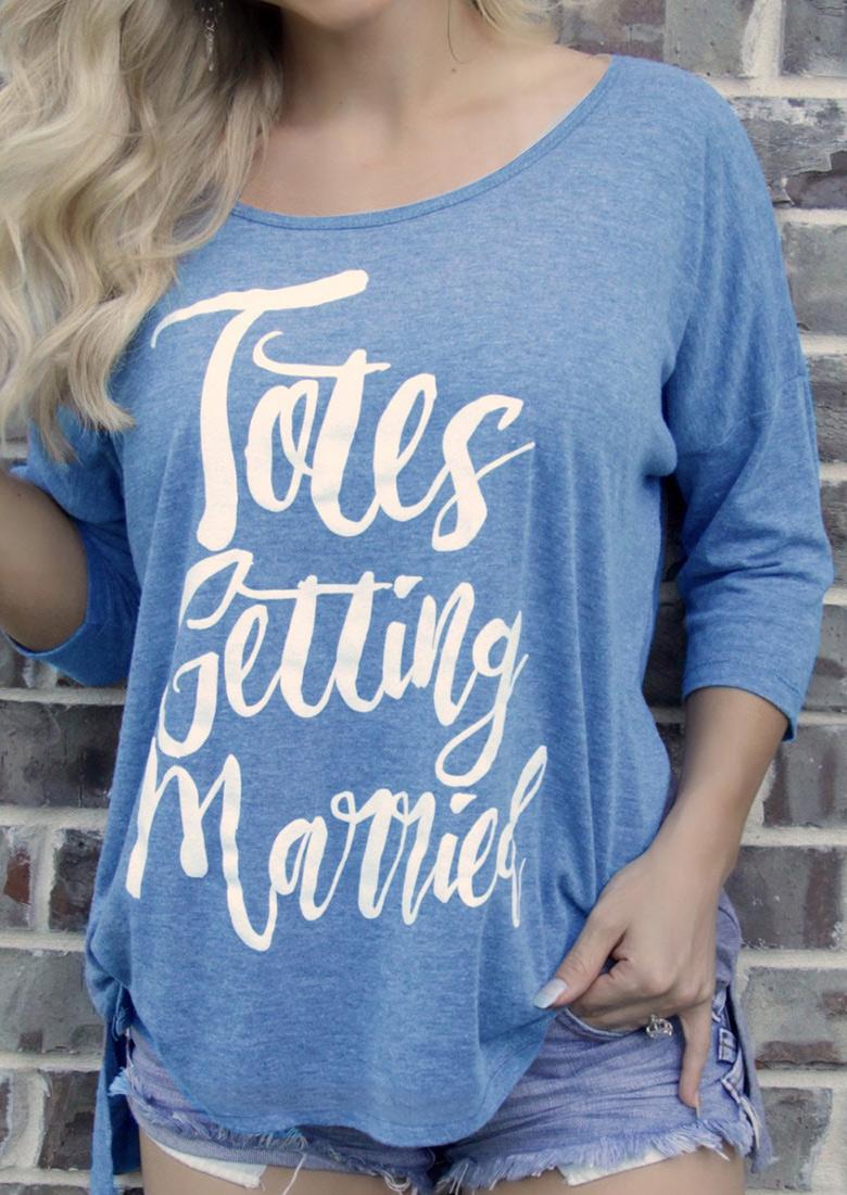 Tricou de damă, fashion, cu imprimeu grafic, mâneci 3/4 și tiv asimetric