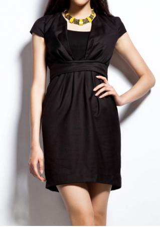 PETITE Solid Deep-V Neck Ruffled Dress Without Necklace