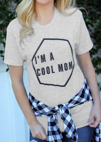 Tricou de damă, fashion, din poliester, cu imprimeu frontal și mâneci scurte