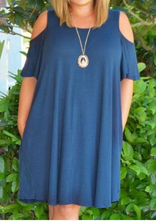 Solid Cold Shoulder Plus Size Casual Dress without Necklace