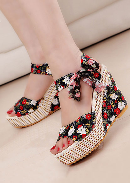 9182fe83b3b Summer Floral Tie Wedge Sandals