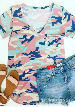 Camouflage Printed Pocket V-Neck T-Shirt
