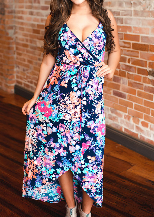 Rochie lungă, fashion, slim fit, cu imprimeu floral, fără mâneci, cu decolteu în v