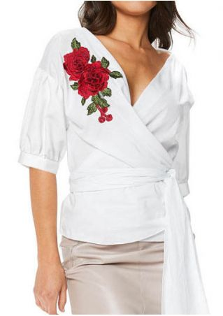 Applique Deep V-Neck Shirt with Belt
