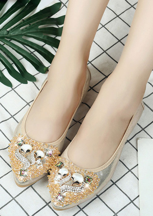 Image of Imitated Crystal Pointed Toe Flats