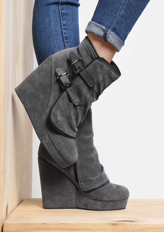 Boots Zipper Buckle Wedge Boots in Black. Size: 38 фото