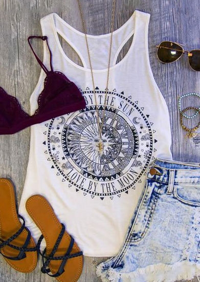 Tank Tops Love By The Moon Tank without Necklace in White. Size: XL фото
