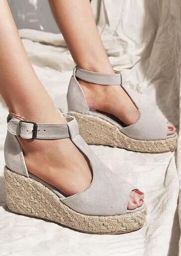 033cb977a08e Solid Buckle Strap Peep Toe Wedge Sandals - Fairyseason