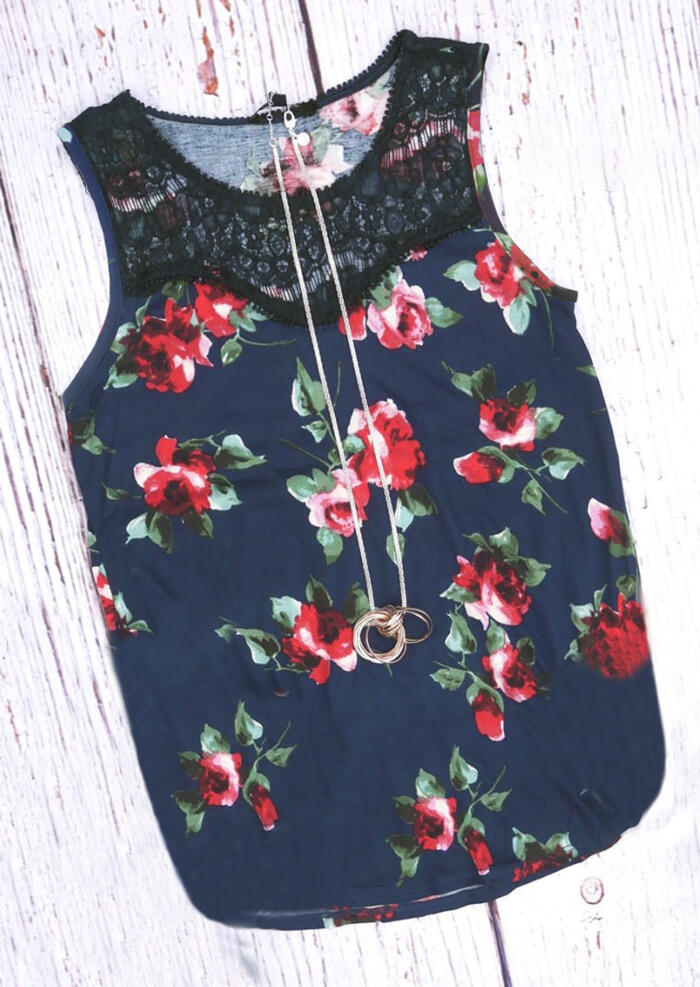 Tank Tops Floral Lace Splicing Tank in Navy Blue. Size: S,M фото