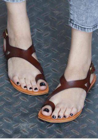 Solid Buckle Strap Flat Sandals -Coffee
