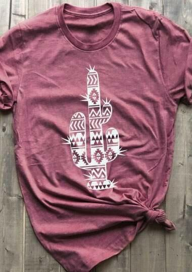 Tees T-shirts Cactus Aztec Geometric Printed T-Shirt Tee in Cameo Brown. Size: S,M,L,XL фото