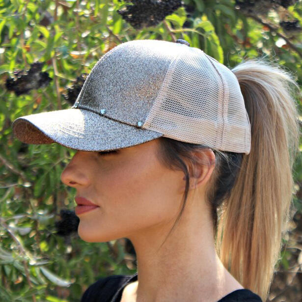 Hats Sequined Mesh Splicing Baseball Cap. Size: One Size