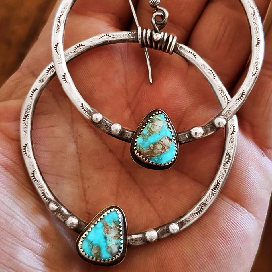 Earrings Turquoise Dangle Drop Hook Earrings in Silver. Size: One Size фото