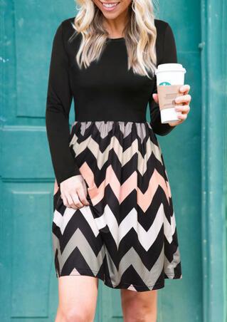 Zigzag Printed Long Sleeve Mini Dress - Black