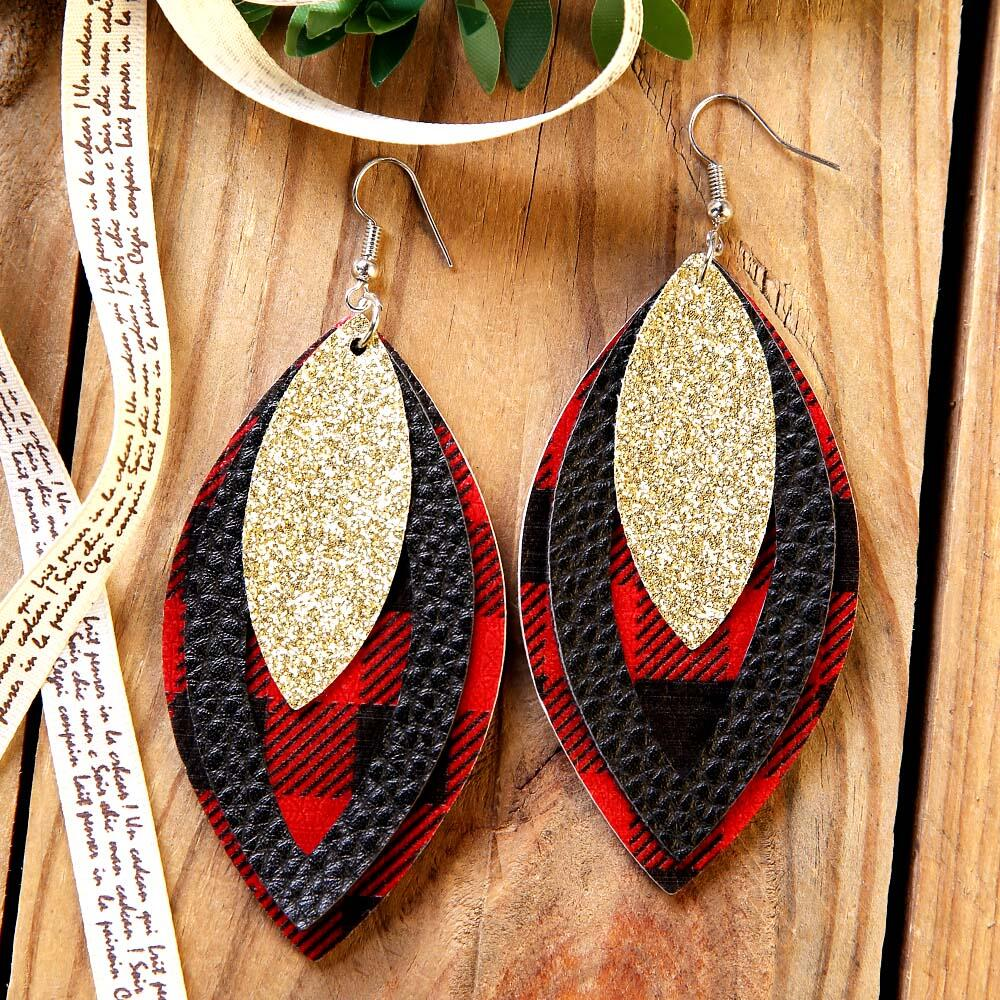 Earrings Plaid Sequined Three-Layered Leather Earrings in Red. Size: One Size фото