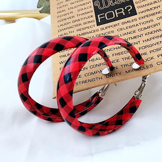 Women's Red Plaid Round Leather Earrings in Plaid. Size: One Size фото