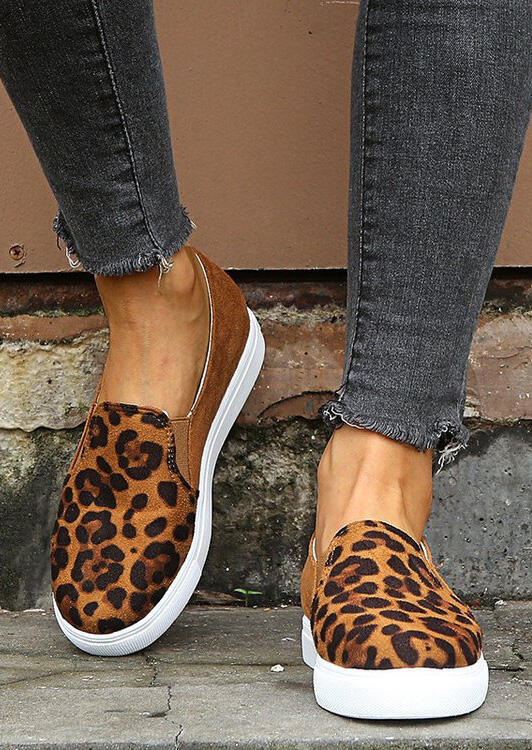 Brown Leopard Printed Round Toe Slip-On Flat Sneakers, Elastic Side Accents in Leopard. Size: 37,38,39,41 фото
