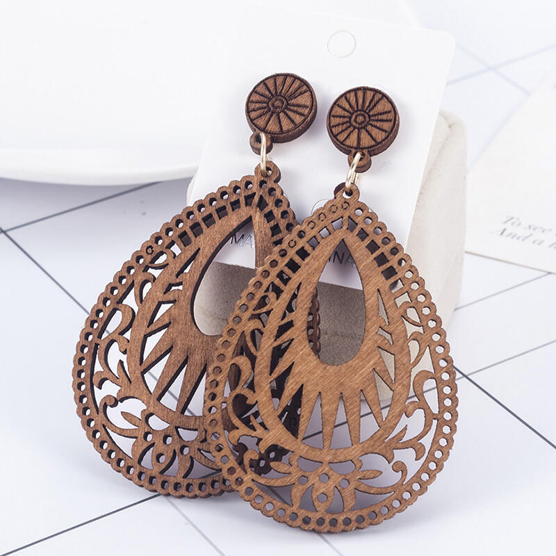 Vintage Hollow Out Water Drop Shaped Wooden Earrings фото