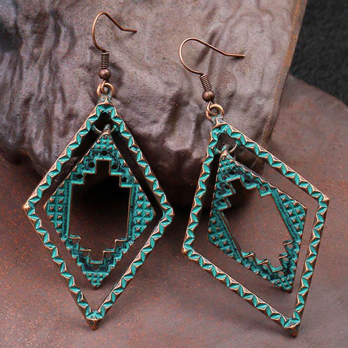 Vintage Hollow Out Diamond-Shaped Earrings фото