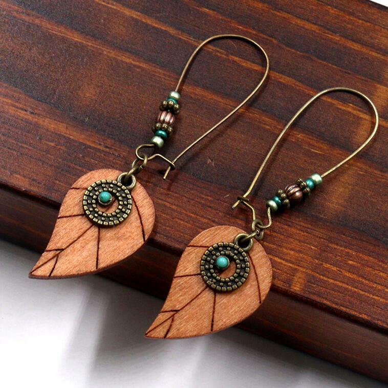 Vintage Wooden Leaf Beading Earrings фото