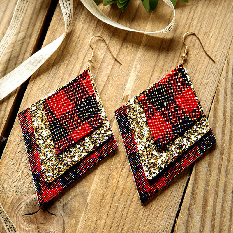 Earrings Plaid Sequined Diamond-Shaped Three-Layered Leather Earrings in Black,Red. Size: One Size фото
