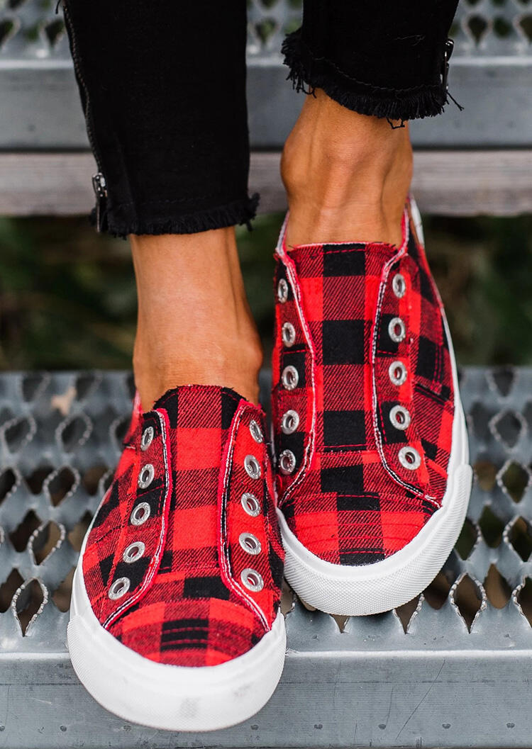 Buffalo Plaid Shoes, Red and Black Plaid Slip-On Round Toe Flat Canvas Sneakers in Red. Size: 37,38,39,40,41,42,43 фото