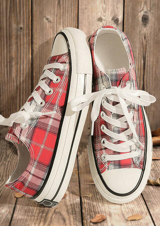 Plaid Lace Up Round Toe Flat Sneakers