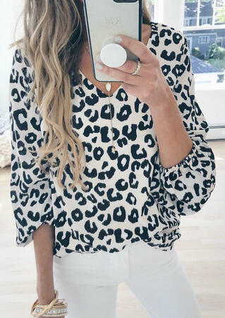 Leopard Printed V-Neck Blouse without Necklace - White