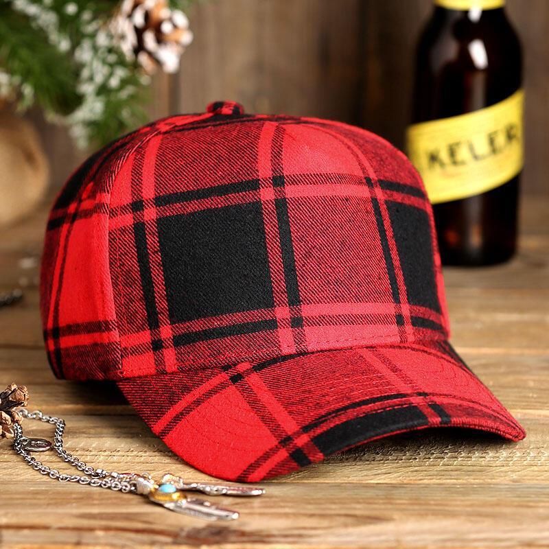 Hats Plaid Adjustable Buckle Strap Baseball Hat in Red. Size: One Size фото