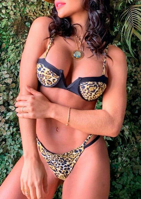 Bikini Sets Leopard Printed Splicing Bikini Set without Necklace in Leopard. Size: S,M,L фото