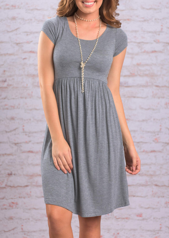 Ruffled O-Neck Mini Dress without Necklace - Gray фото