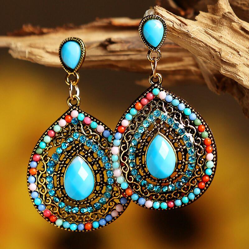 Earrings Rhinestone Bead Water Drop Shaped Bohemian Earrings in Green. Size: One Size фото