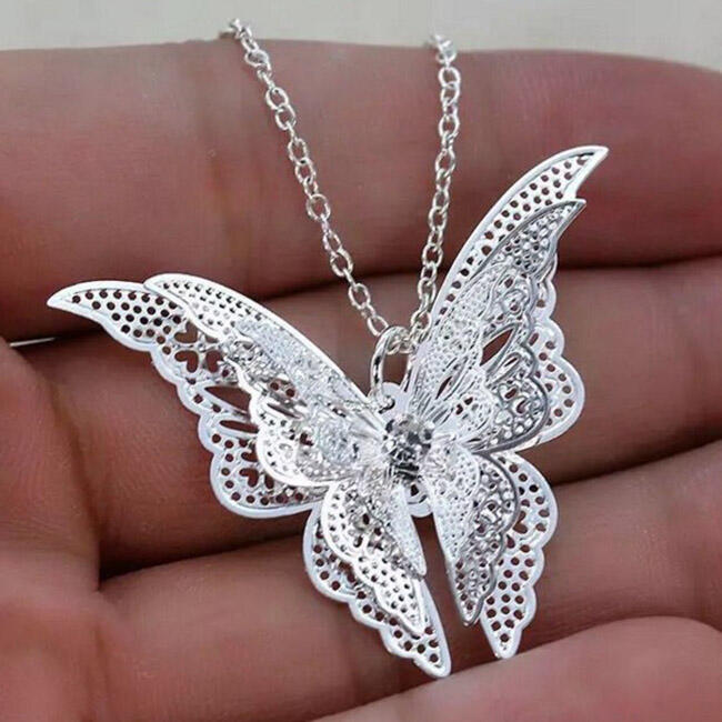 Lovely Butterfly Hollow Out Pendant Chain Necklace Jewelry in Silver. Size: One Size фото