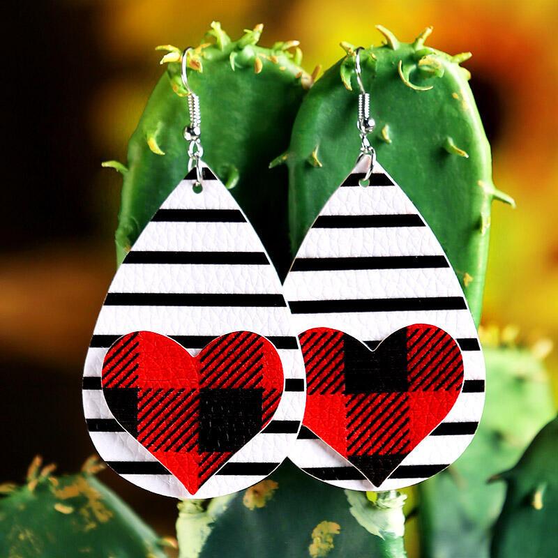 Earrings Plaid Striped Love Heart PU Leather Earrings in Green. Size: One Size фото