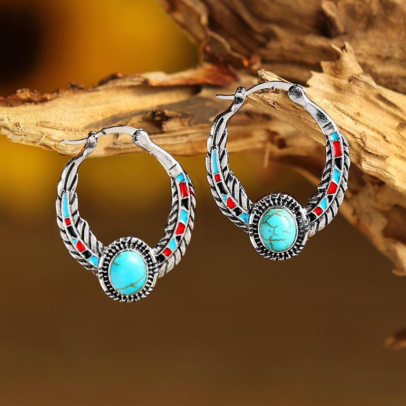 Earrings Vintage Turquoise Feather Round Earrings in Cyan. Size: One Size фото