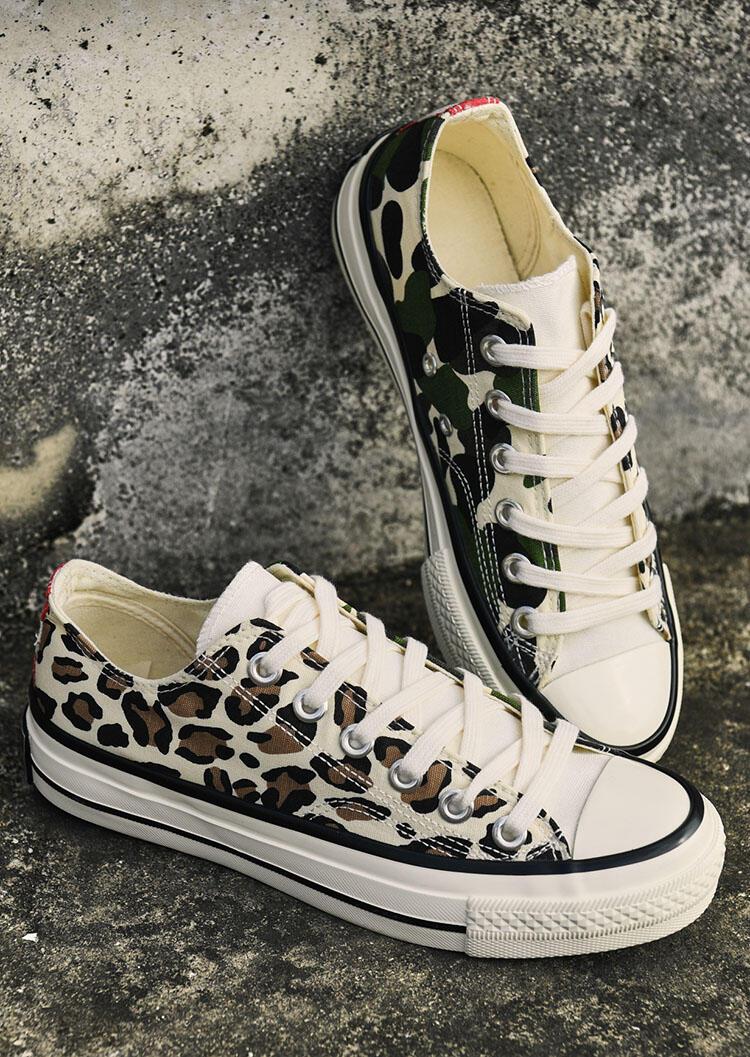 Fairyseason / Leopard Printed Lace Up Round Toe Flat Sneakers