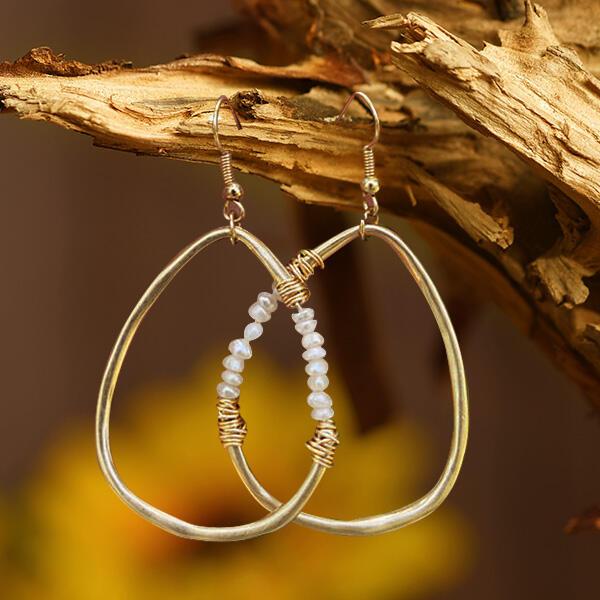 Earrings Women's Bead Water Drop Shaped Earrings in Gold. Size: One Size фото