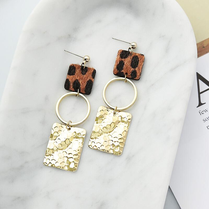 Leopard Printed Splicing Sequined Earrings фото