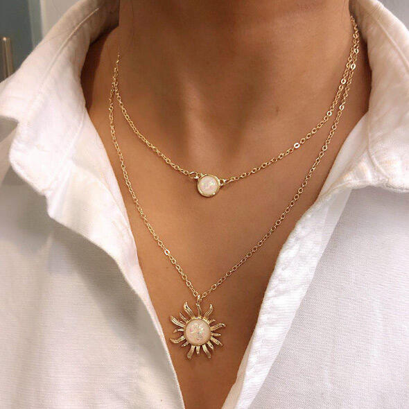 Necklaces Sunflower Rhinestone Dual-Layered Necklace in Gold,Silver. Size: One Size фото