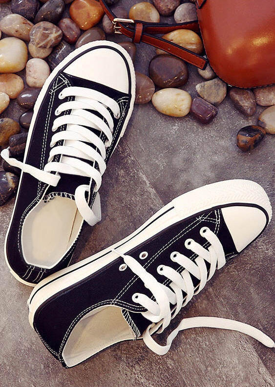 Black Lace Up Canvas Sneakers in Black,White,Deep Blue. Size: 35,36,37,38,39,40,41,42,43 фото