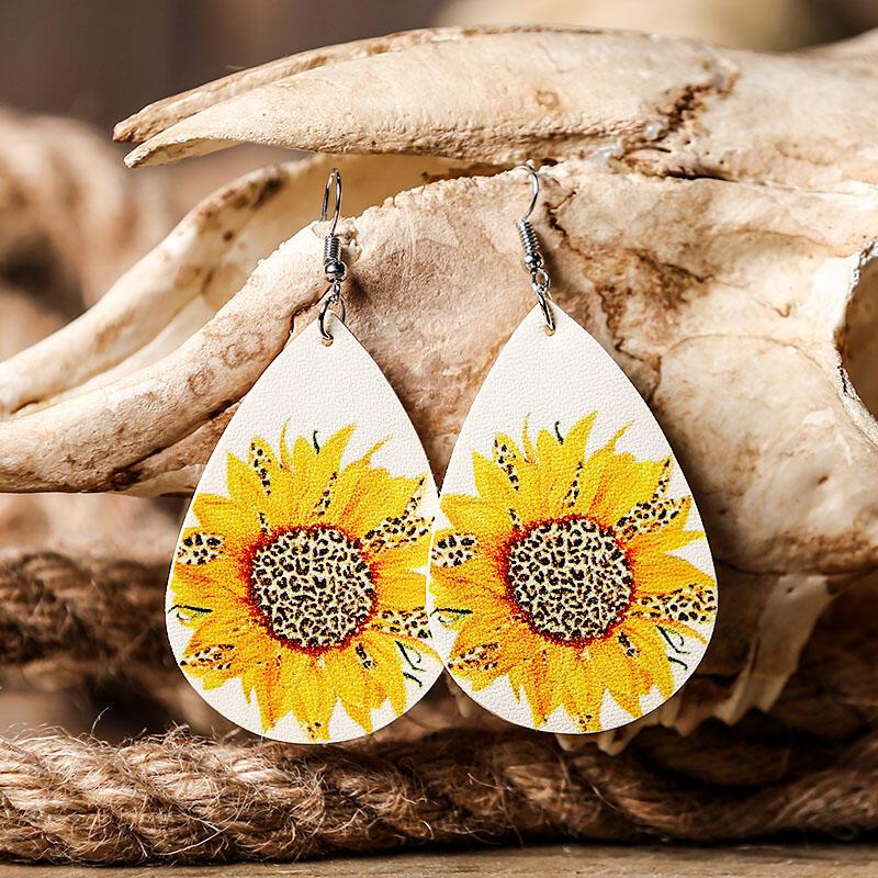 Earrings Sunflower Leopard Leather Earrings. Size: One Size фото