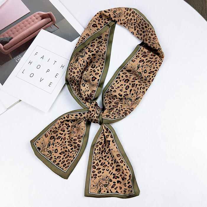 Scarves Leopard Double-Sided Scarf. Size: One Size фото